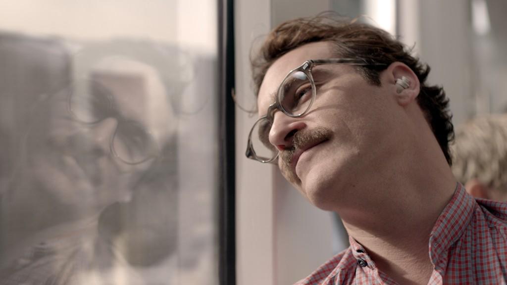 """Knopf im Ohr: Joaquin Phoenix in """"Her"""" von Spike Jonze."""